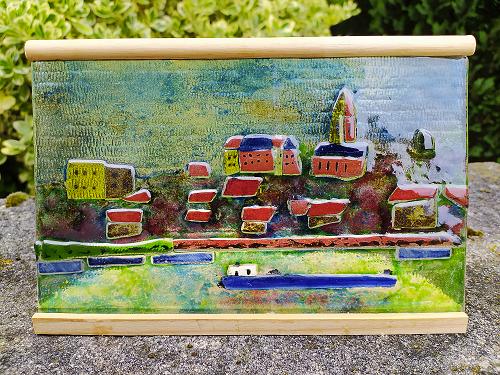 Photo du vitrail représentant la ville de Conflans-Sainte-Honorine