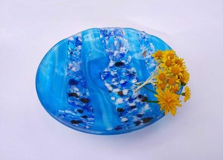 Bol bleu avec effet mer méditerranéenne