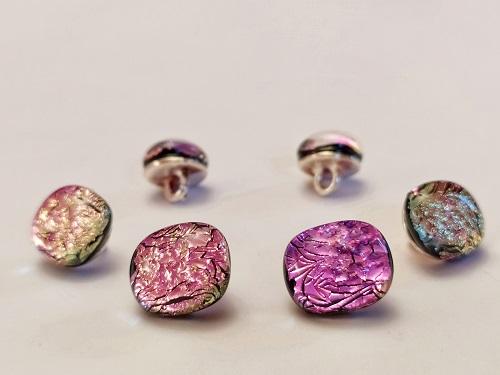 Cabochons, coloris rose brillant
