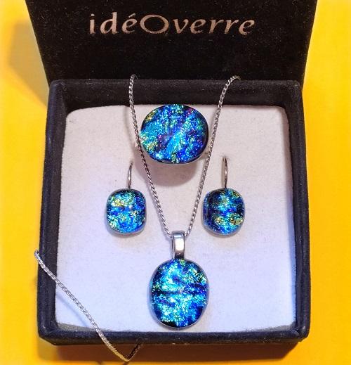 Ensemble bijoux en verre bleus